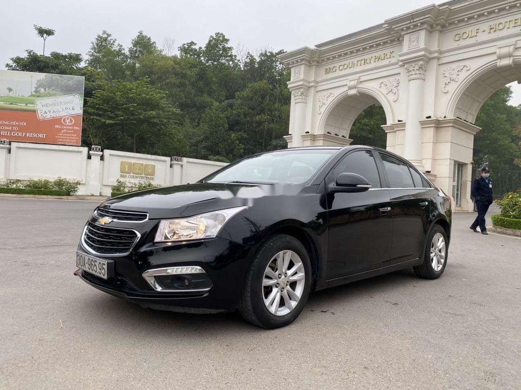Cần bán gấp Chevrolet Cruze sản xuất 2016, màu đen, 335 triệu (1)