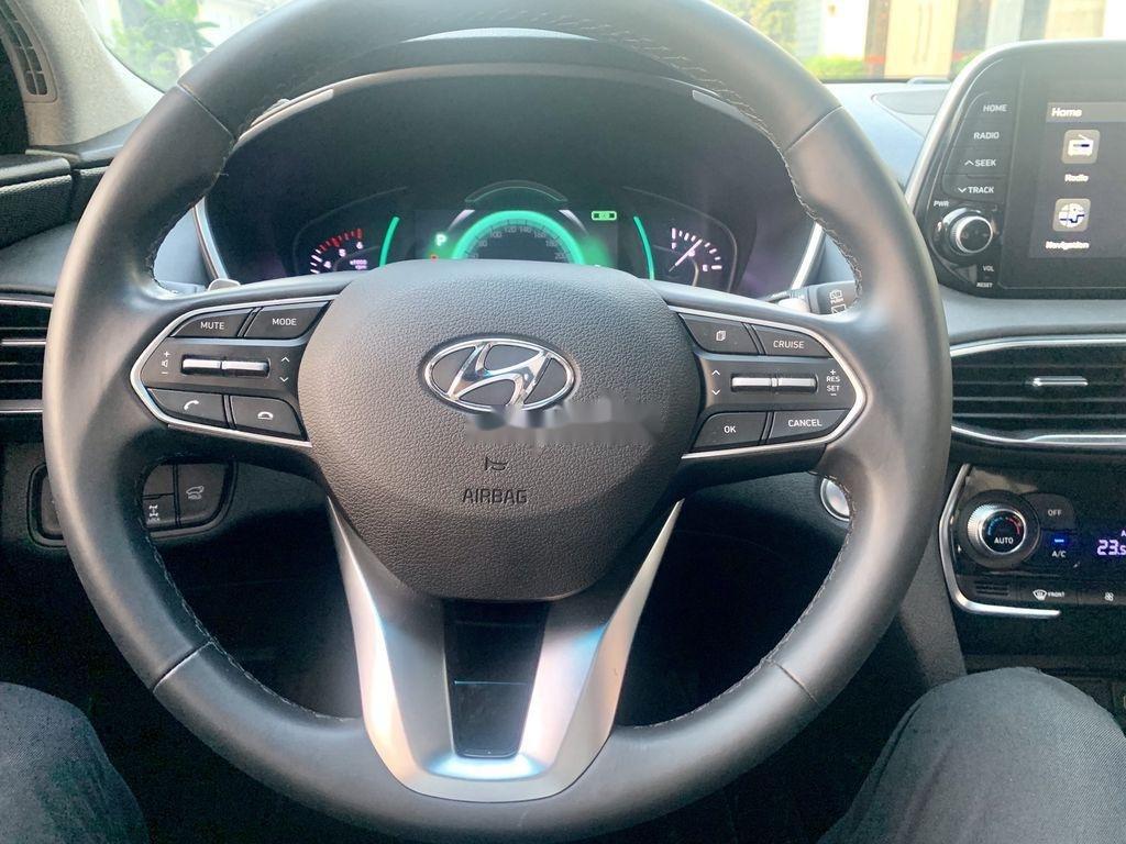 Bán xe Hyundai Santa Fe sản xuất năm 2019 còn mới (11)