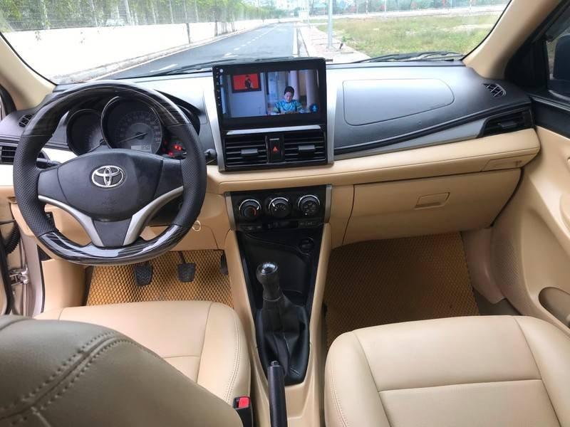 Bán ô tô Toyota Vios năm 2015, màu vàng chính chủ (10)