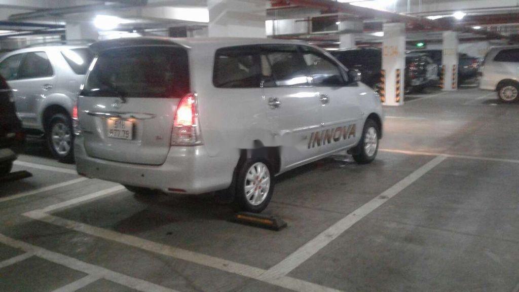 Bán ô tô Toyota Innova sản xuất 2010, giá mềm (4)