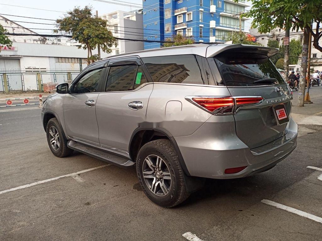 Cần bán lại xe Toyota Fortuner 2.4G 4X2 MT sản xuất năm 2017, nhập khẩu (6)