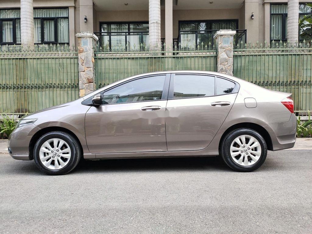 Bán ô tô Honda City năm sản xuất 2014, giá mềm (3)