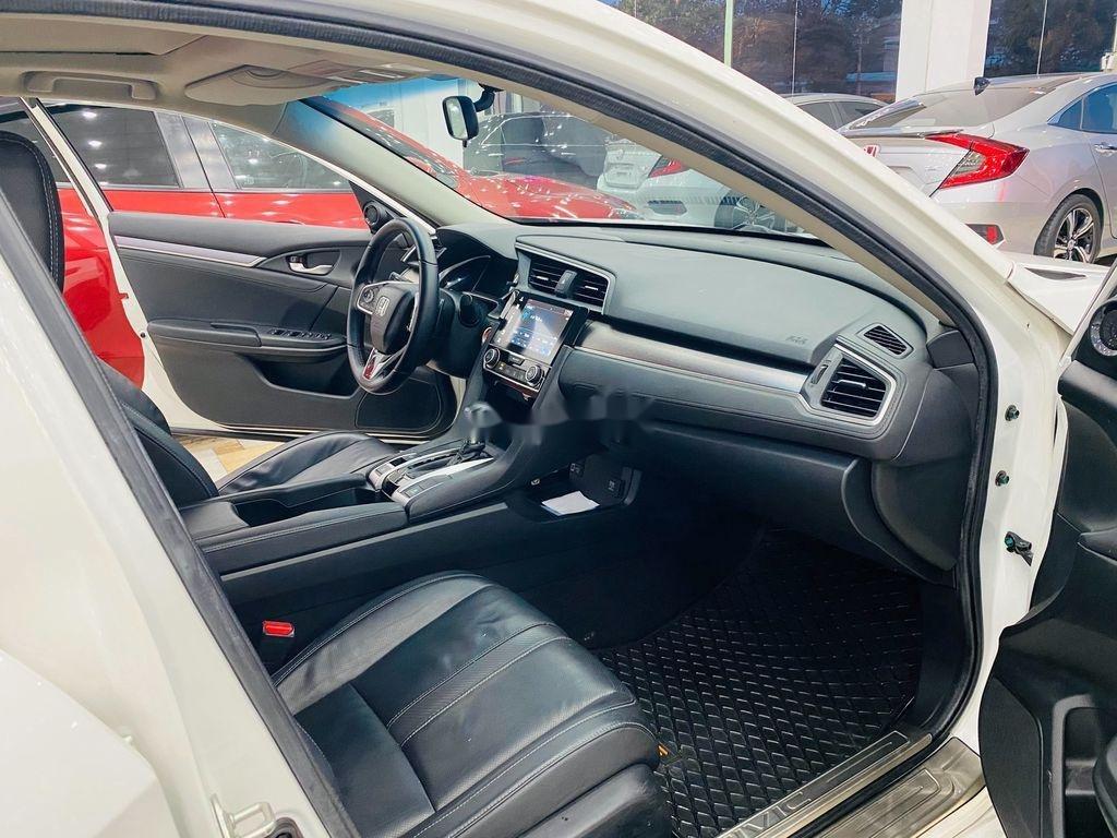Cần bán Honda Civic Top 1.5 Turbo sản xuất 2017, xe nhập xe gia đình (9)