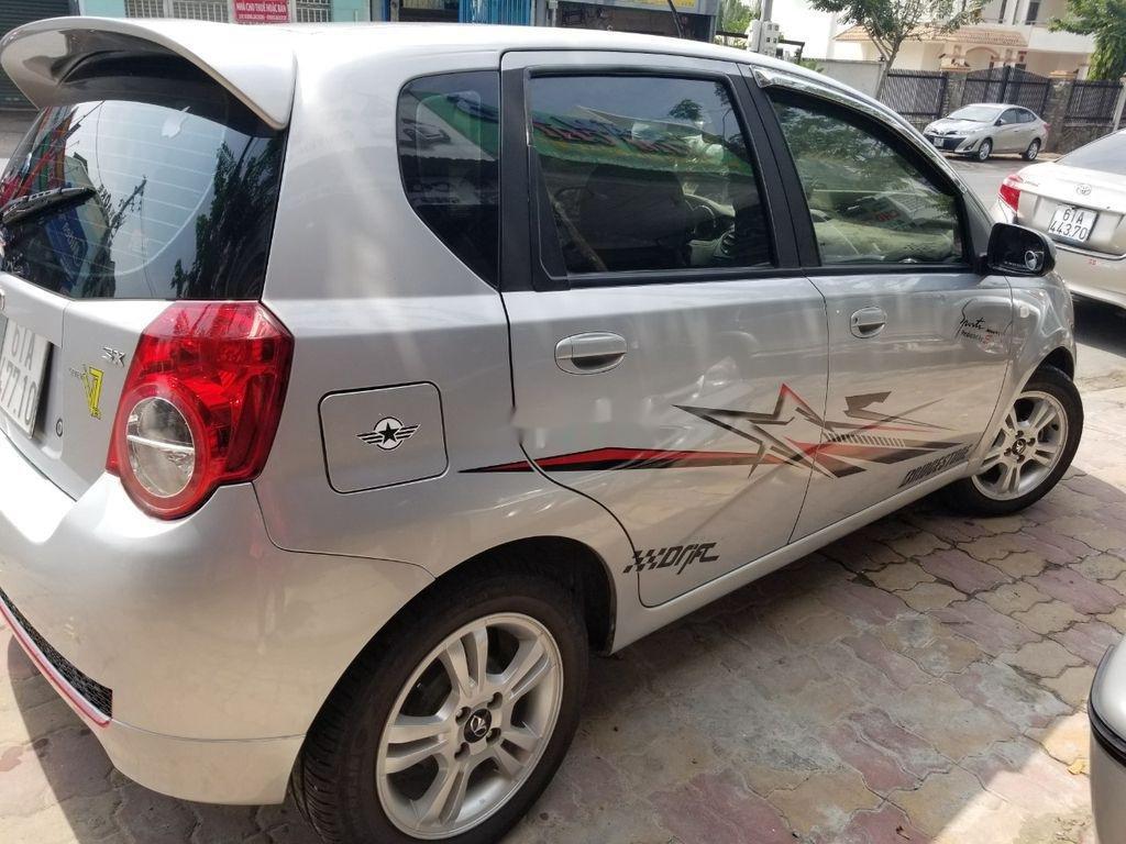Cần bán xe Daewoo GentraX năm sản xuất 2010, nhập khẩu, giá 250tr (2)