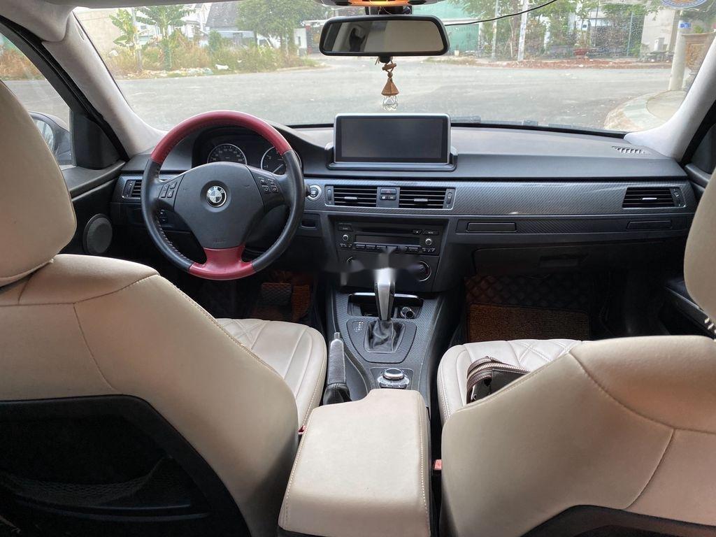 Xe BMW 3 Series 320i năm 2009 còn mới, giá ưu đãi (10)