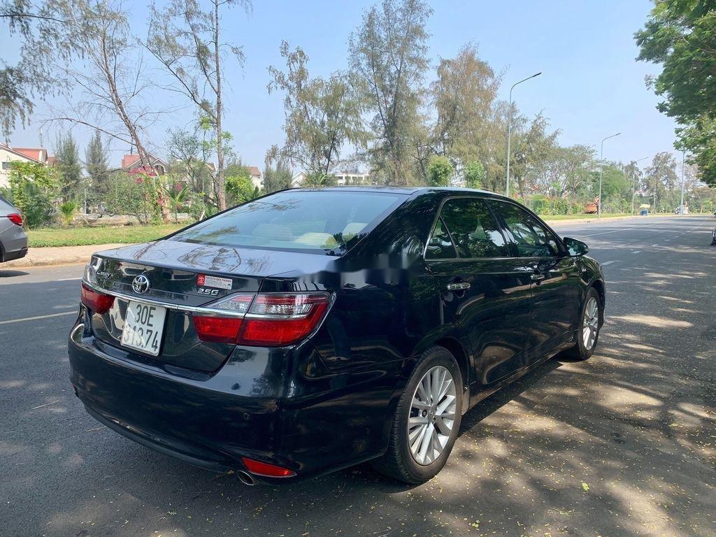 Cần bán Toyota Camry sản xuất 2015, giá chỉ 745 triệu (5)