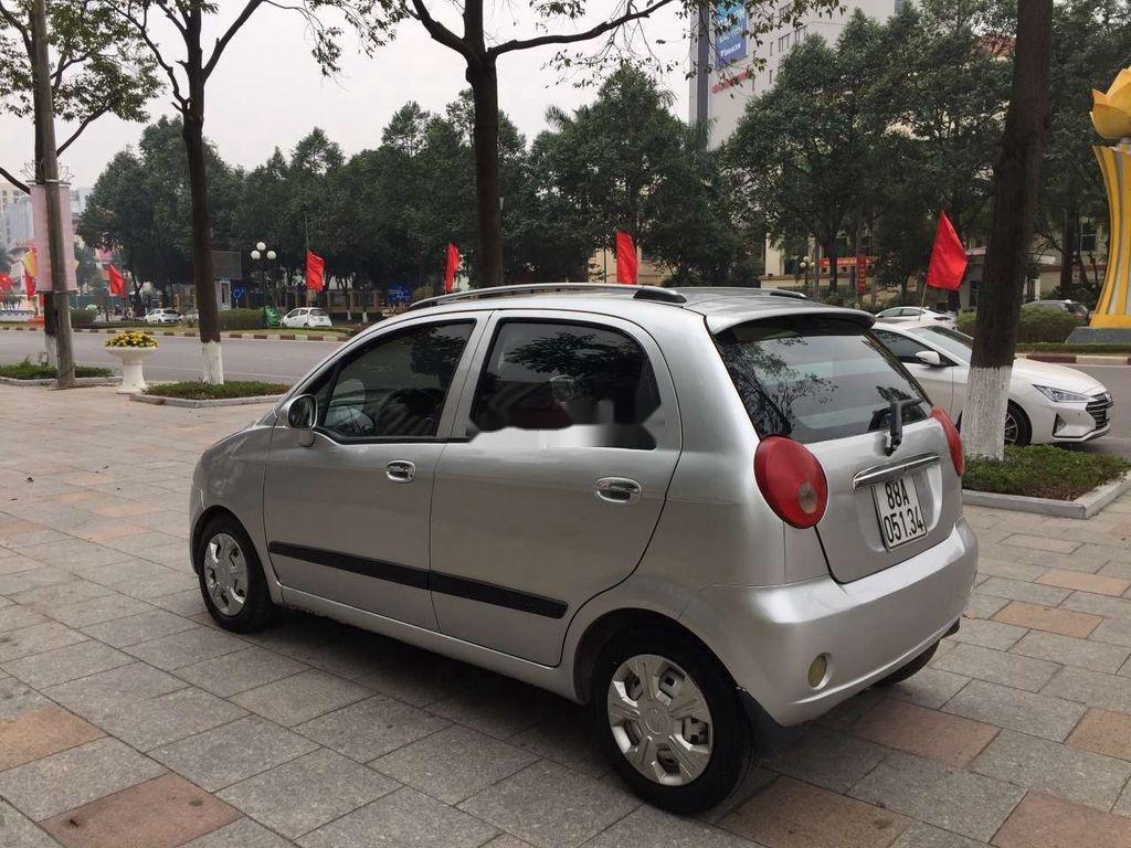 Bán Chevrolet Spark năm sản xuất 2009, màu bạc như mới (9)