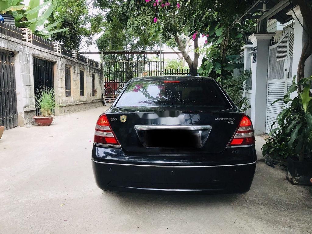 Cần bán Ford Mondeo 2005, màu đen, giá 189tr (5)