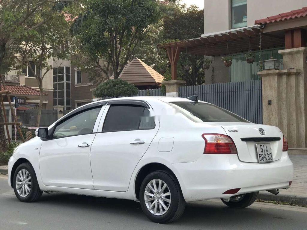Bán xe Toyota Vios năm sản xuất 2015, giá mềm (3)
