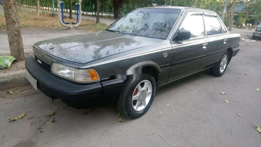 Cần bán xe Toyota Camry năm sản xuất 1988, nhập khẩu nguyên chiếc, 55 triệu (1)