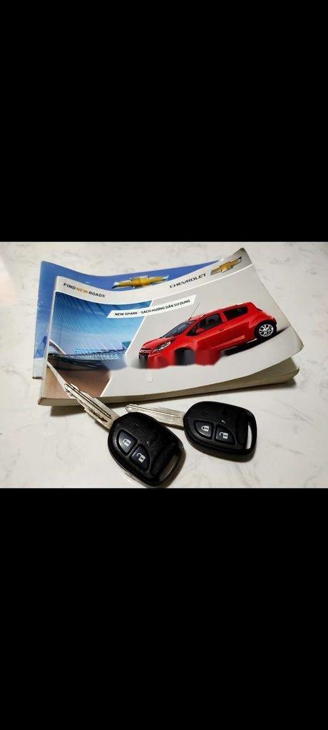 Cần bán Chevrolet Spark sản xuất 2013 còn mới (2)