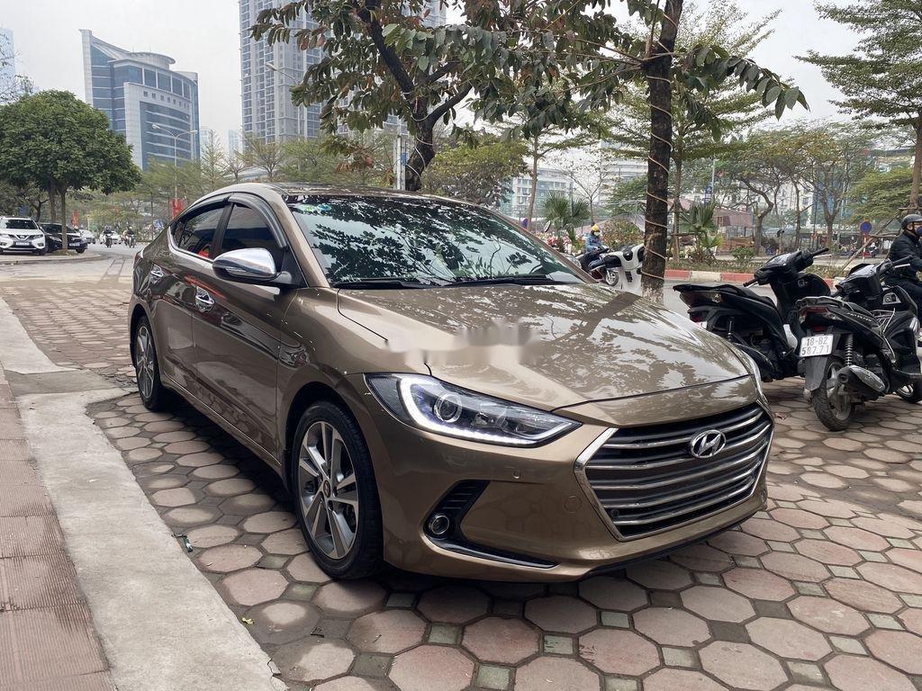 Cần bán lại xe Hyundai Elantra 2.0AT sản xuất năm 2016, 558 triệu (5)