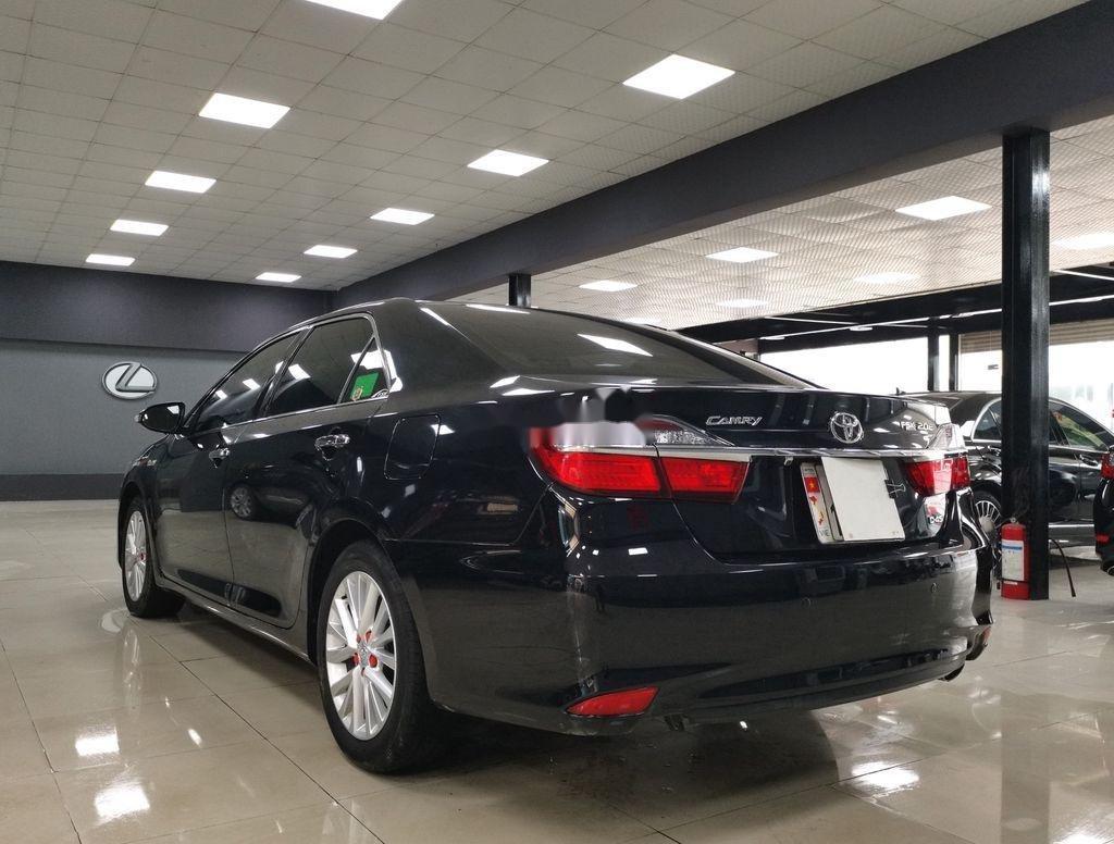 Bán Toyota Camry 2.0E sản xuất năm 2019 còn mới (5)