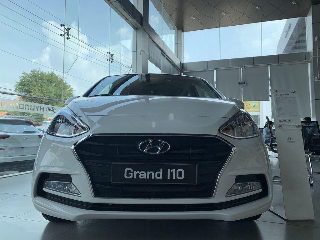 Cần bán Hyundai Grand i10 1.2AT năm 2021, giá thấp (2)