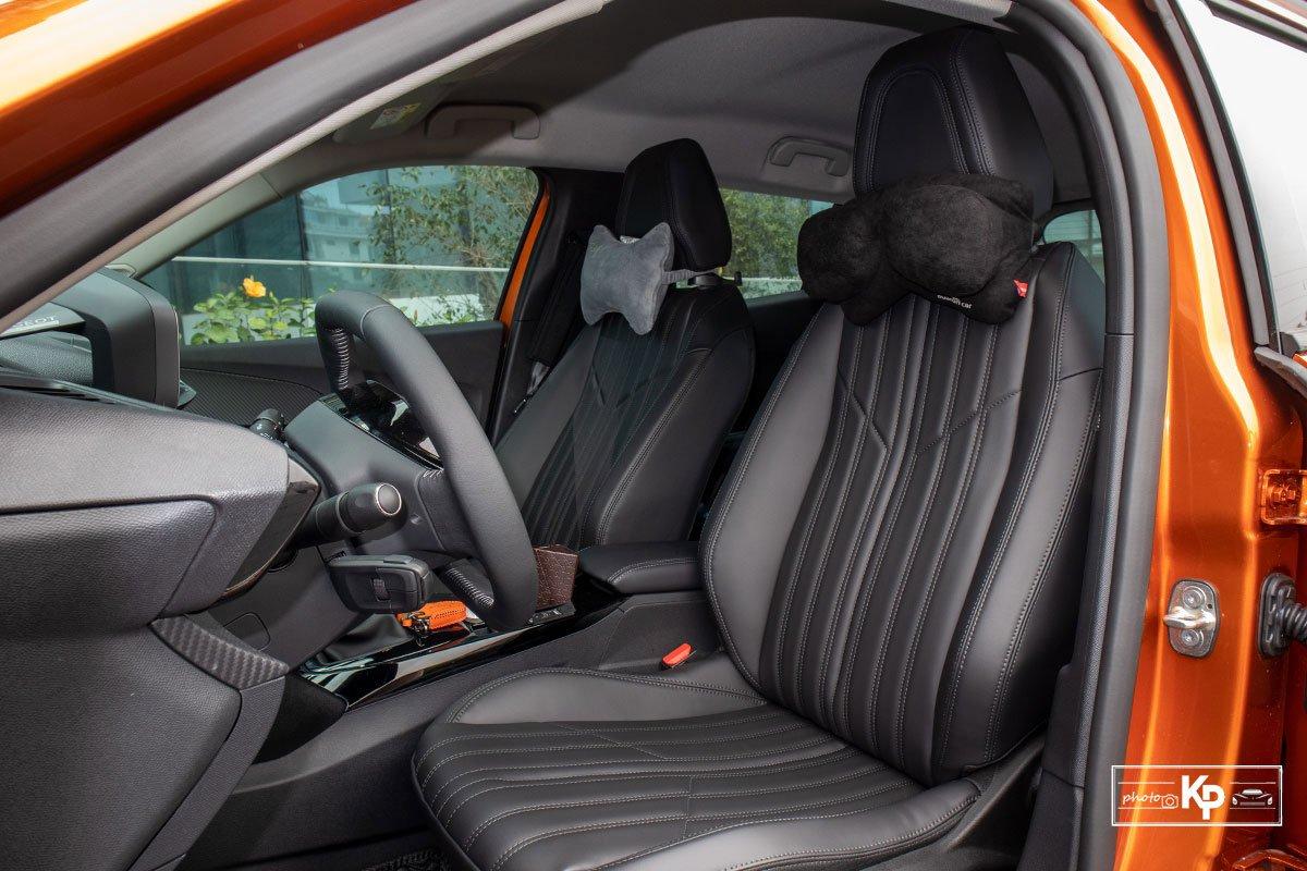 Ảnh Ghế lái xe Peugeot 2008 2021