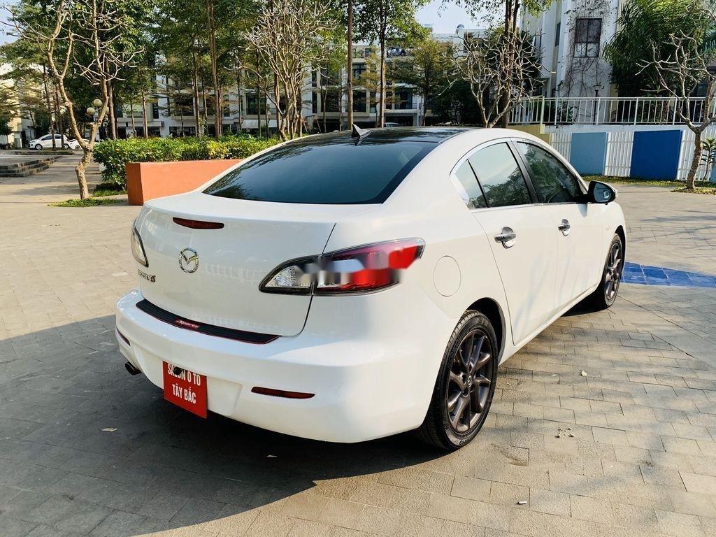 Cần bán Mazda 3 2012, màu trắng, giá cạnh tranh (4)