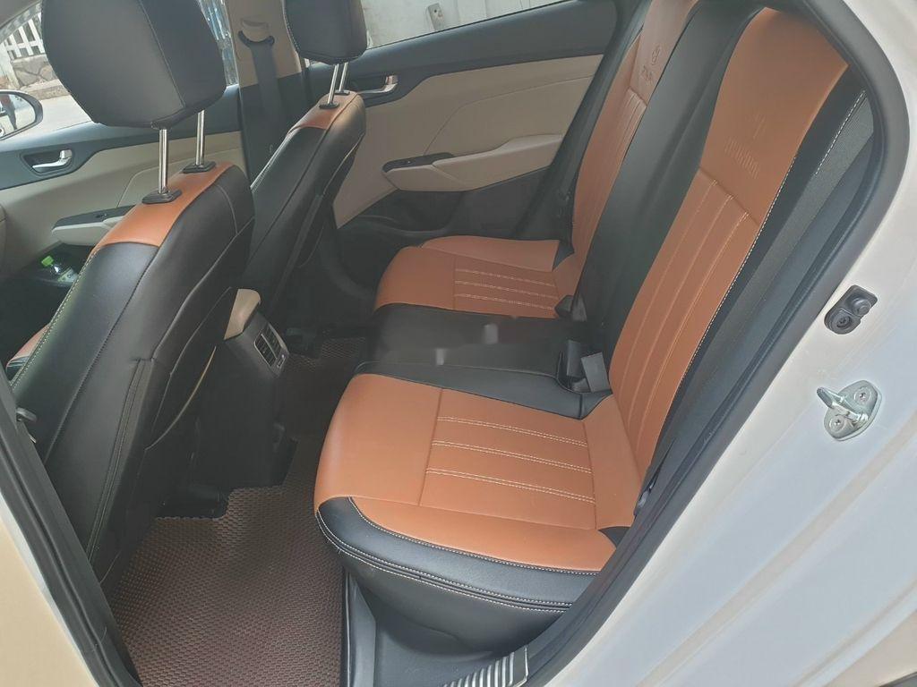 Bán xe Hyundai Accent 1.4AT năm sản xuất 2019, màu trắng, giá tốt (7)