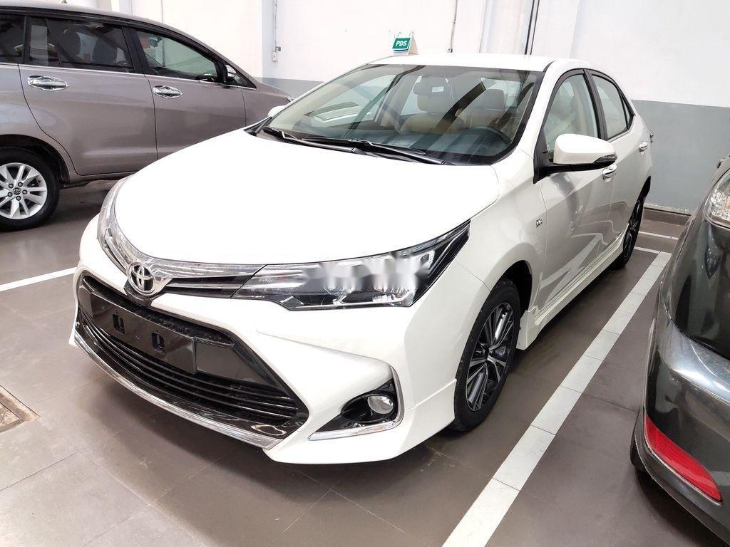 Bán Toyota Corolla Altis năm sản xuất 2020, màu trắng (2)