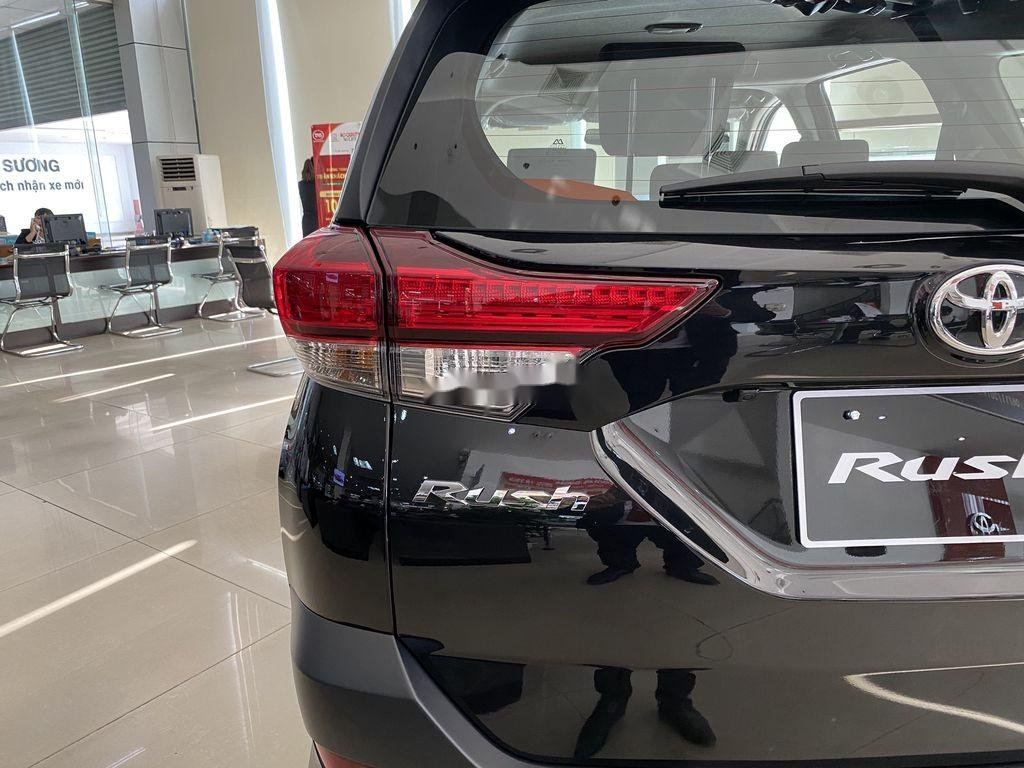 Cần bán xe Toyota Rush sản xuất 2020, màu đen, nhập khẩu nguyên chiếc, 633tr (4)