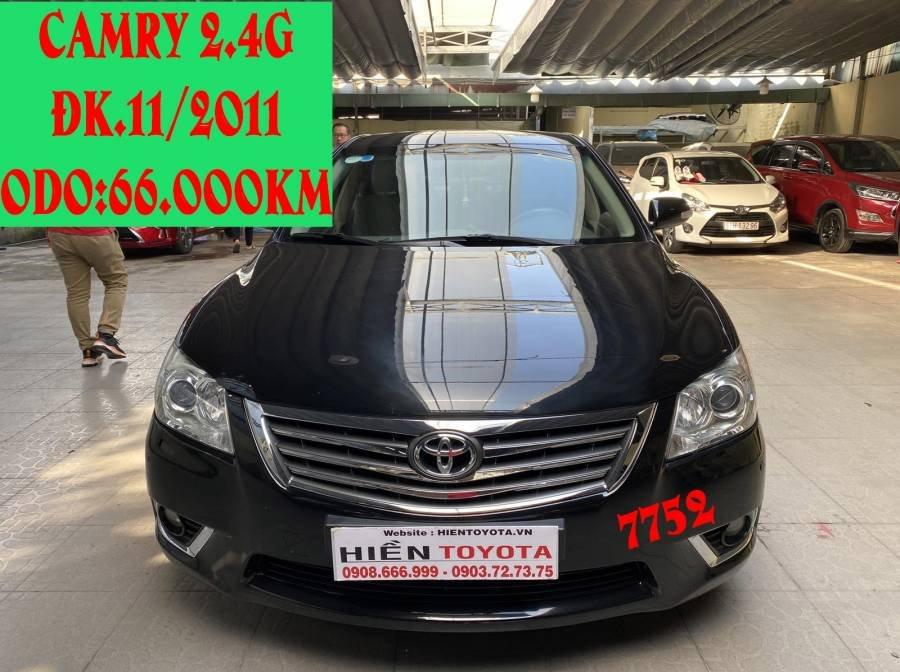 Bán xe Toyota Camry 2.4G năm sản xuất 2011, màu đen chính chủ (1)