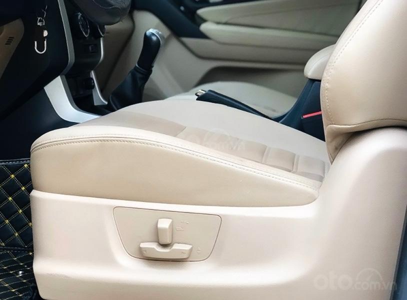 Cần bán gấp Isuzu mu-X sản xuất năm 2019, màu bạc, nhập khẩu, giá 686tr (3)
