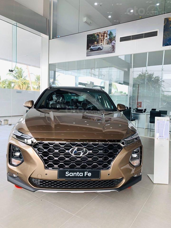 Hyundai Santafe ưu đãi ngay 70 triệu, 50% thuế, full bộ phụ kiện, xe đủ màu giao ngay chạy Tết (2)