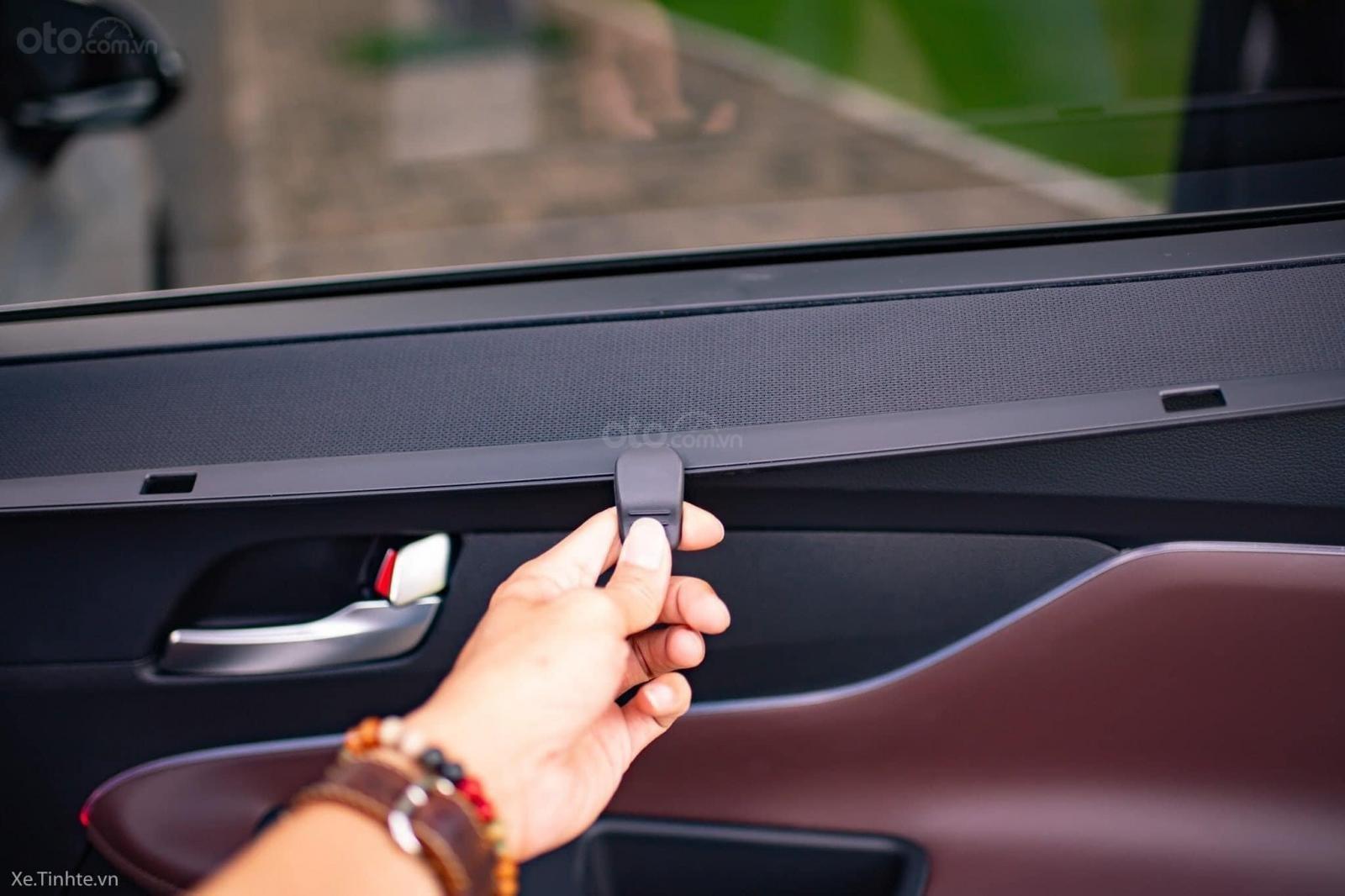 Hyundai Santafe ưu đãi ngay 70 triệu, 50% thuế, full bộ phụ kiện, xe đủ màu giao ngay chạy Tết (7)