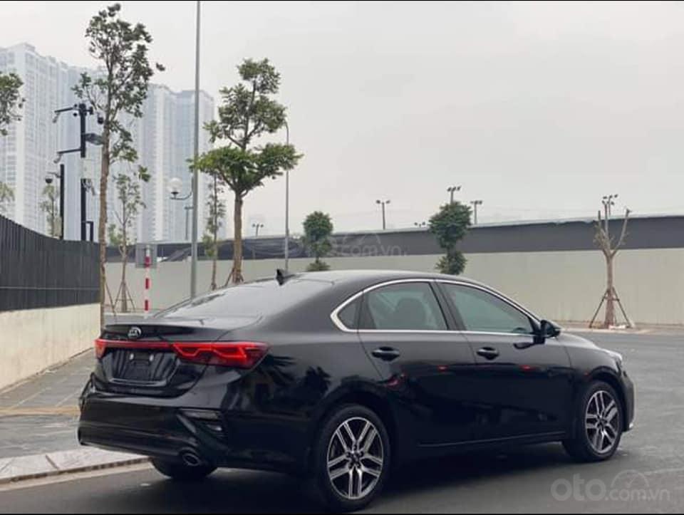 Bán nhanh chiếc Kia Cerato 1.6 sản xuất 2018, màu đen, giá đẹp xe đẹp (3)
