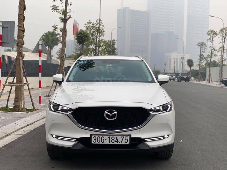 Cần bán Mazda CX 5 Luxury bản 2.0 đời 2019, màu trắng, siêu mới siêu lướt (1)