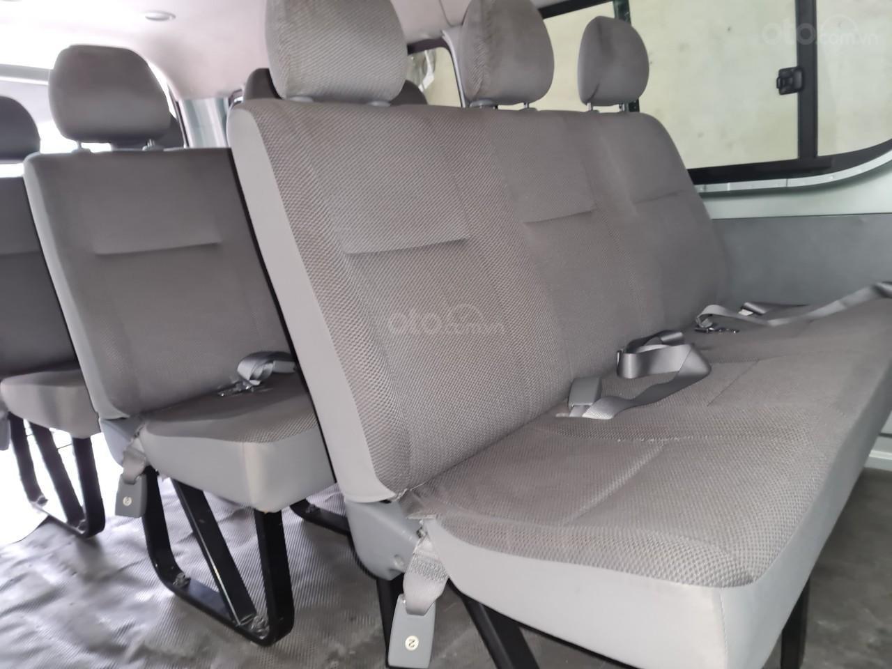 Cần bán lại Toyota Hiace 2009 (8)