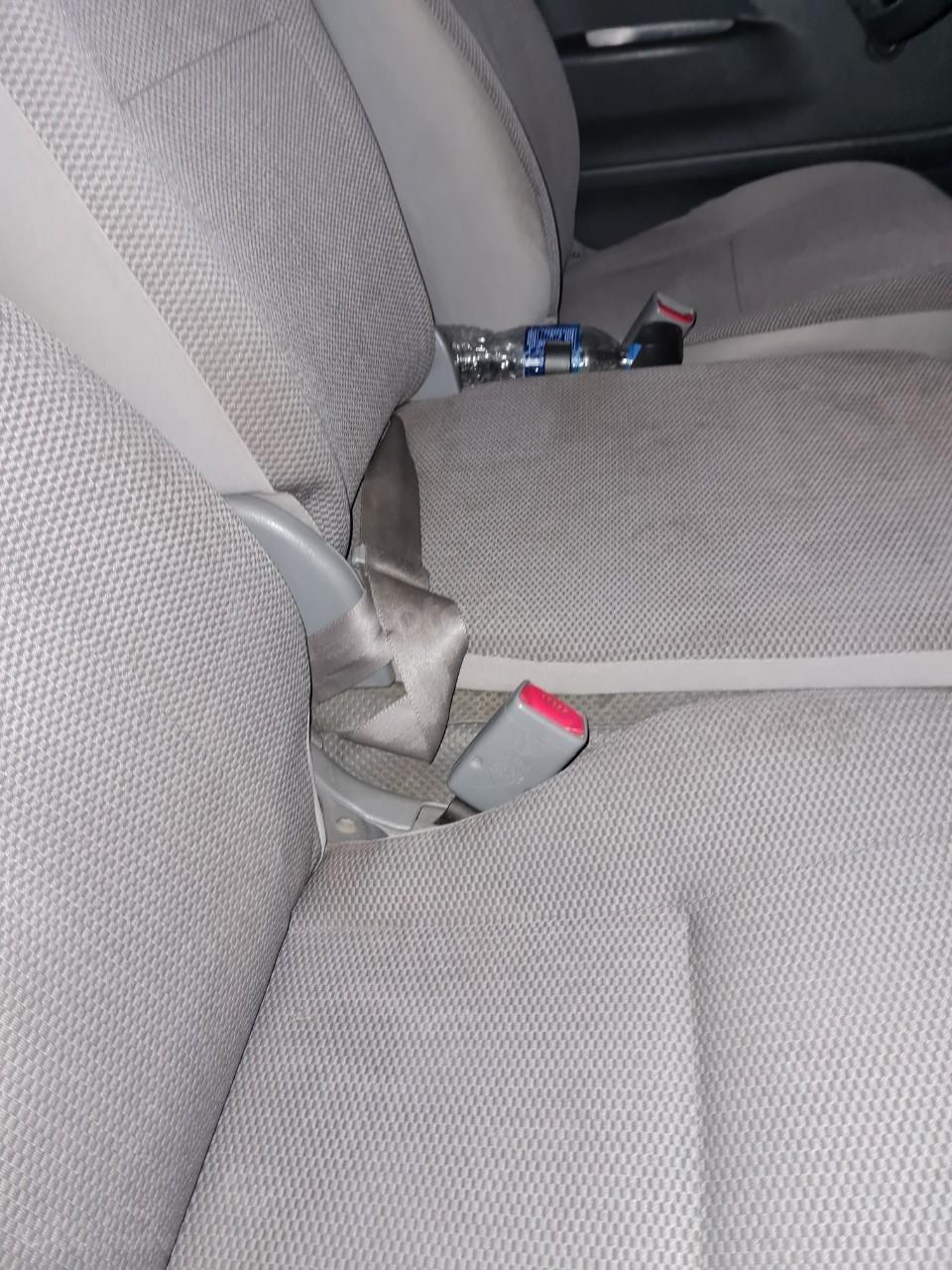 Cần bán lại Toyota Hiace 2009 (12)