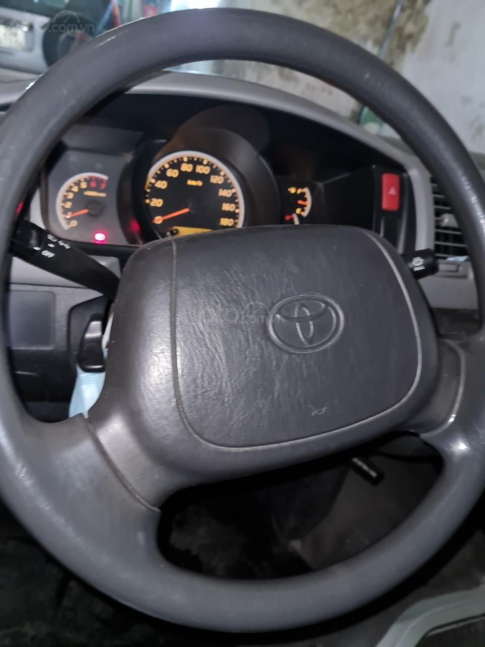 Cần bán lại Toyota Hiace 2009 (13)
