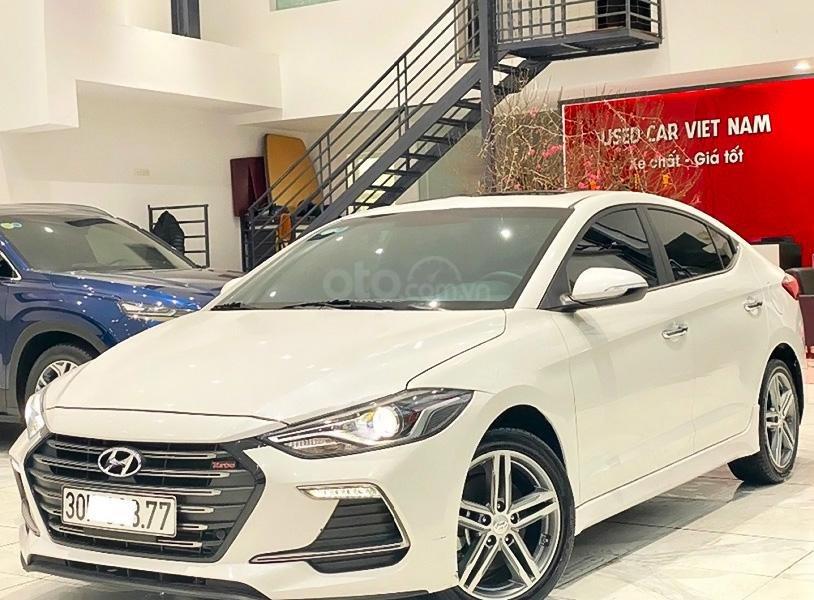 Bán Hyundai Elantra 1.6 Turbo năm 2018, màu trắng còn mới, giá 665tr (1)