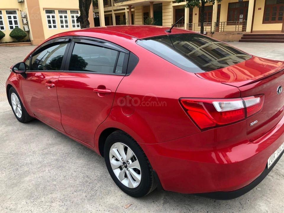 Cần bán gấp Kia Rio 1.4 AT đời 2015, màu đỏ, nhập khẩu nguyên chiếc (2)