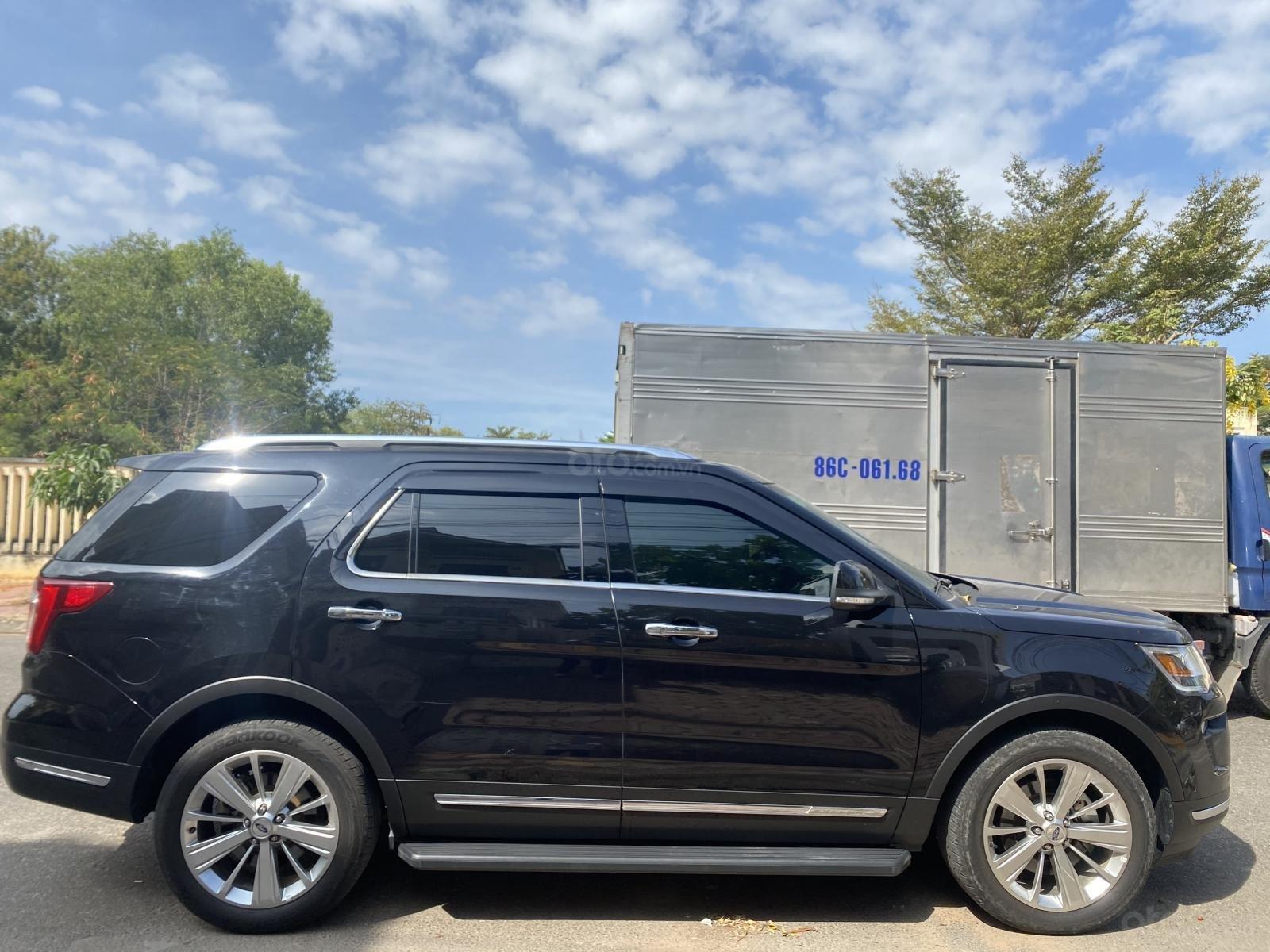 Cần bán xe Explorer 2018, nhập USA, siêu đẹp (3)