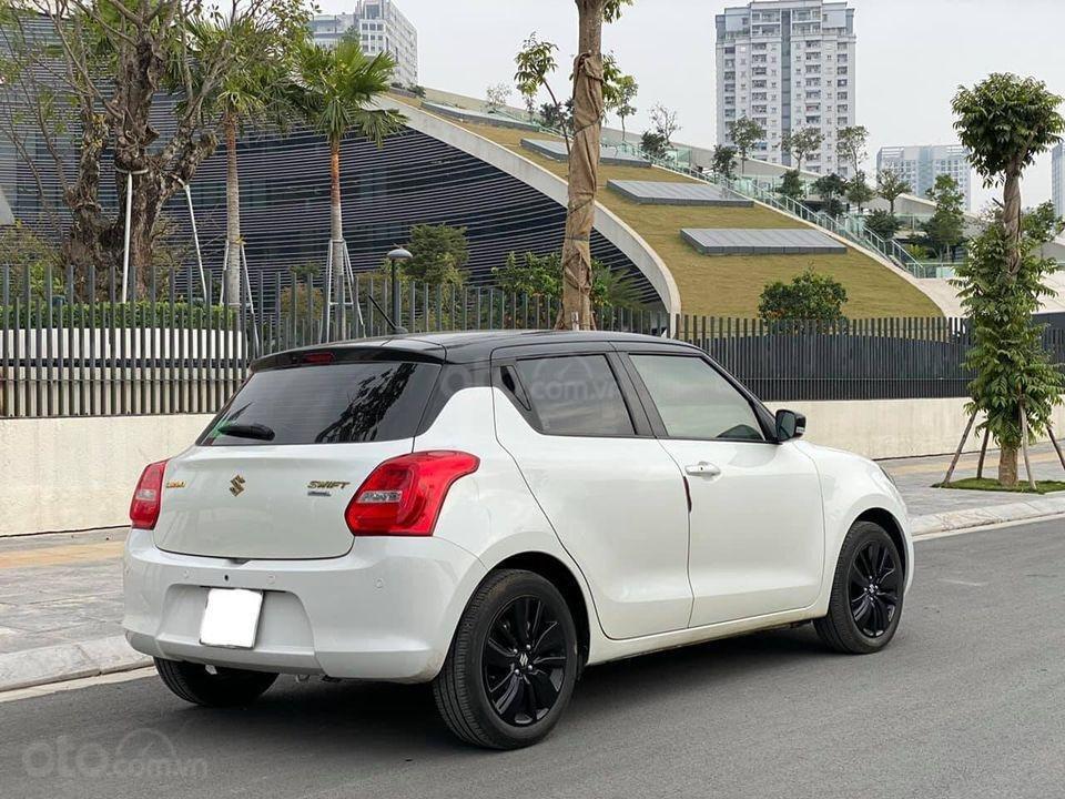 Bán ô tô Suzuki Swift GLX đời 2019, bản limited, siêu lướt giá mềm (3)