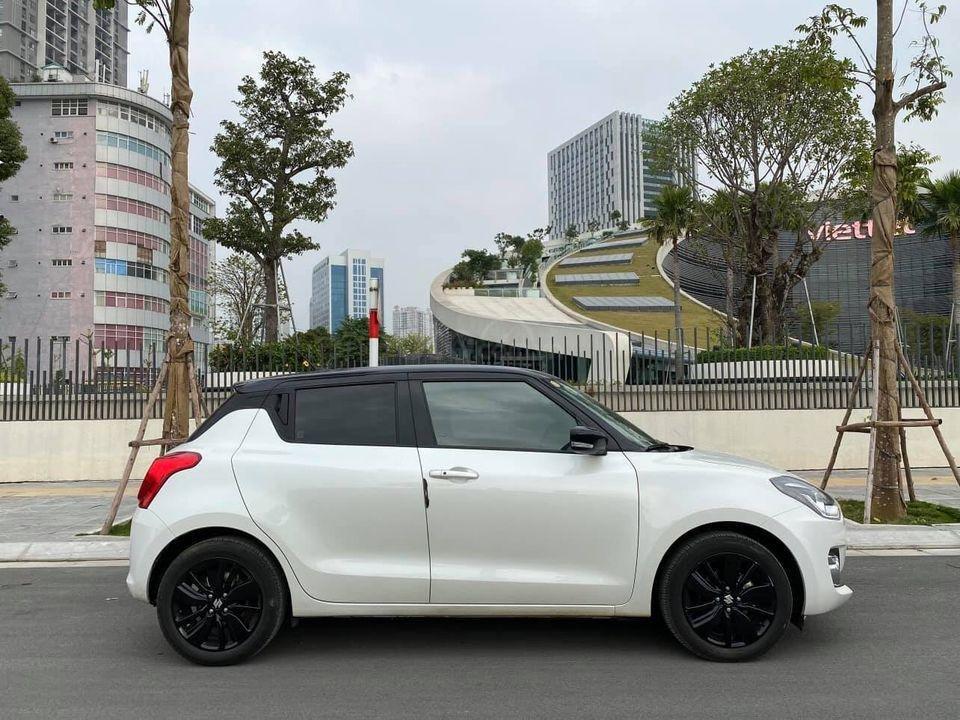 Bán ô tô Suzuki Swift GLX đời 2019, bản limited, siêu lướt giá mềm (2)
