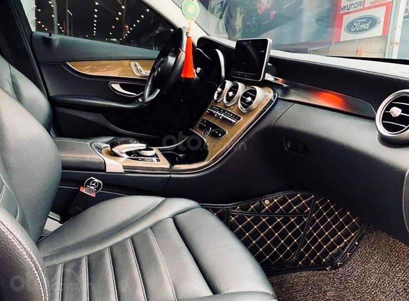 Bán Mercedes C250 sản xuất 2015, màu đen, giá ưu đãi (4)