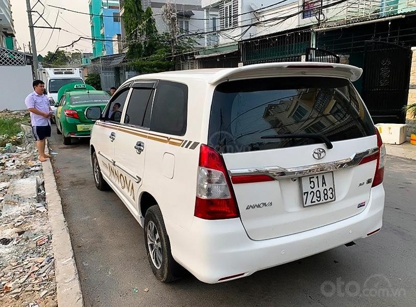 Bán xe Toyota Innova năm 2013, màu trắng còn mới (5)
