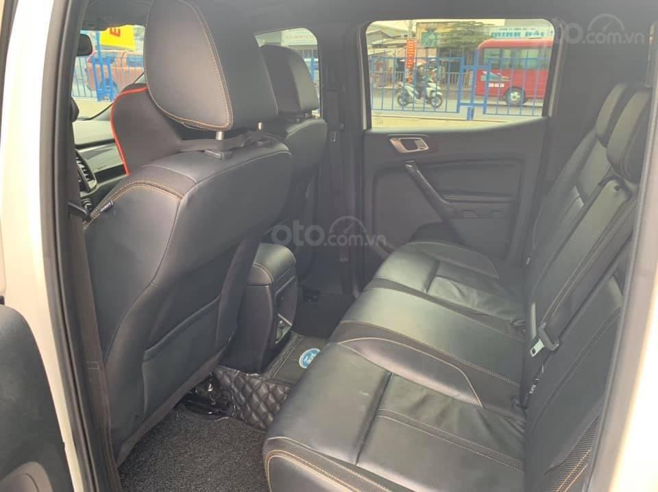 Bán gấp xe Ford Ranger Wildtrak 2019, màu trắng, giá cạnh tranh (6)