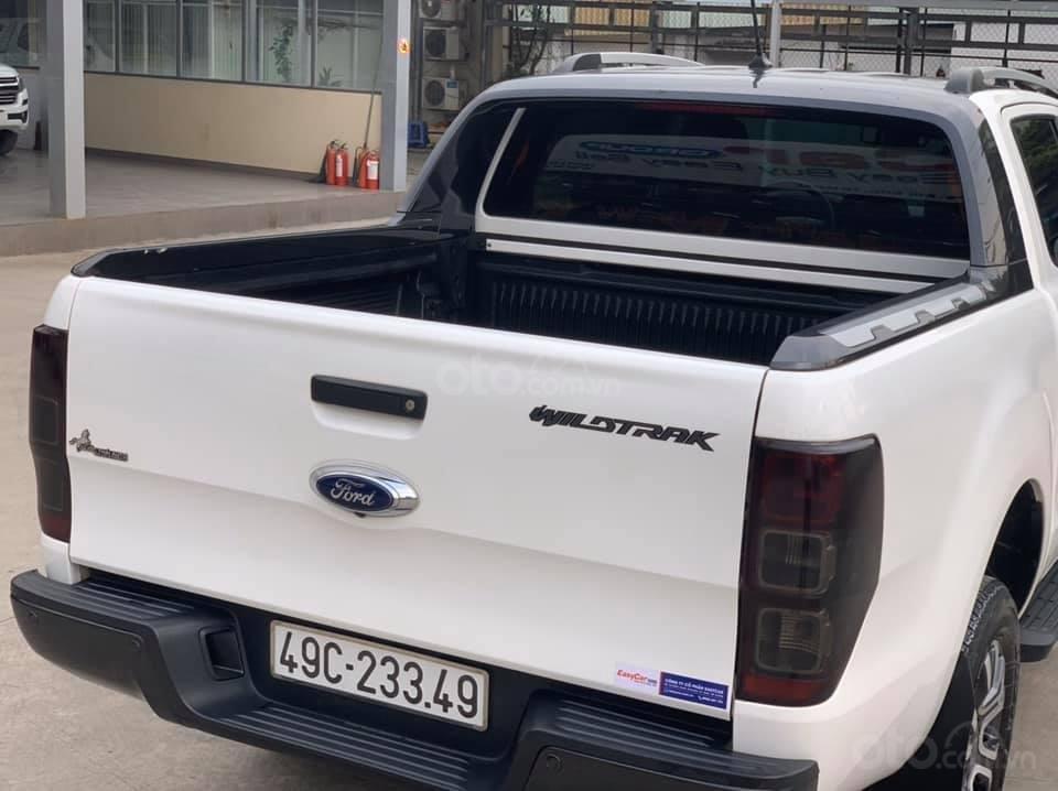 Bán gấp xe Ford Ranger Wildtrak 2019, màu trắng, giá cạnh tranh (3)