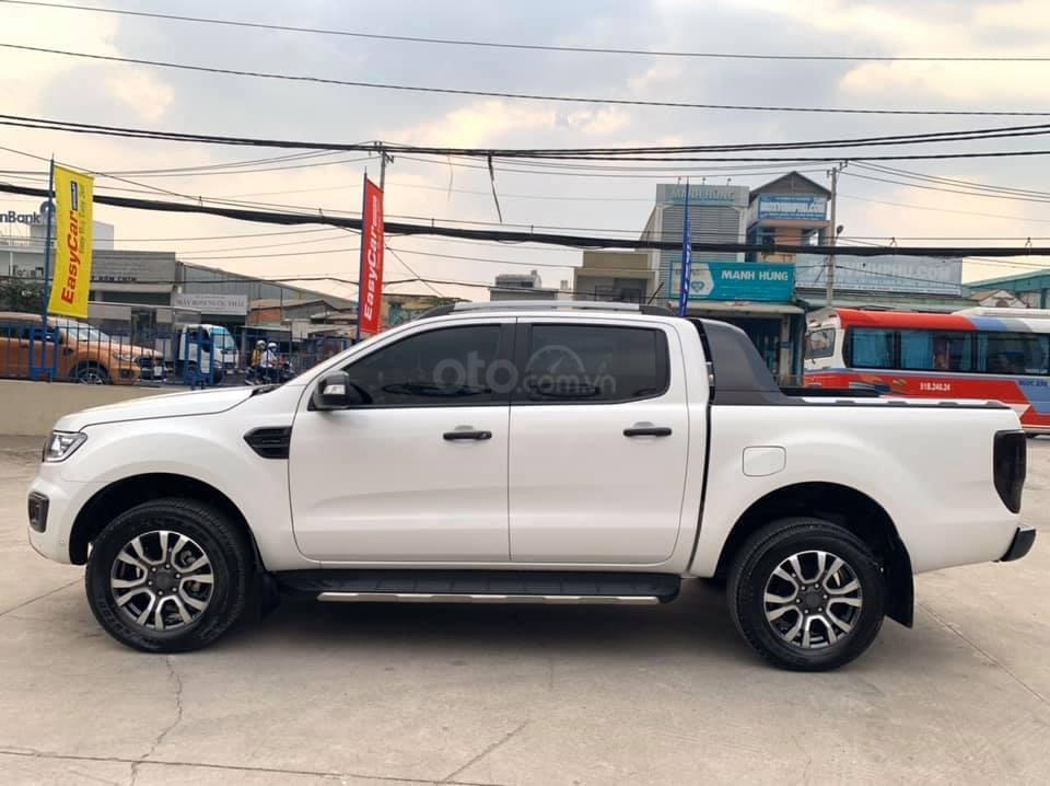 Bán gấp xe Ford Ranger Wildtrak 2019, màu trắng, giá cạnh tranh (1)