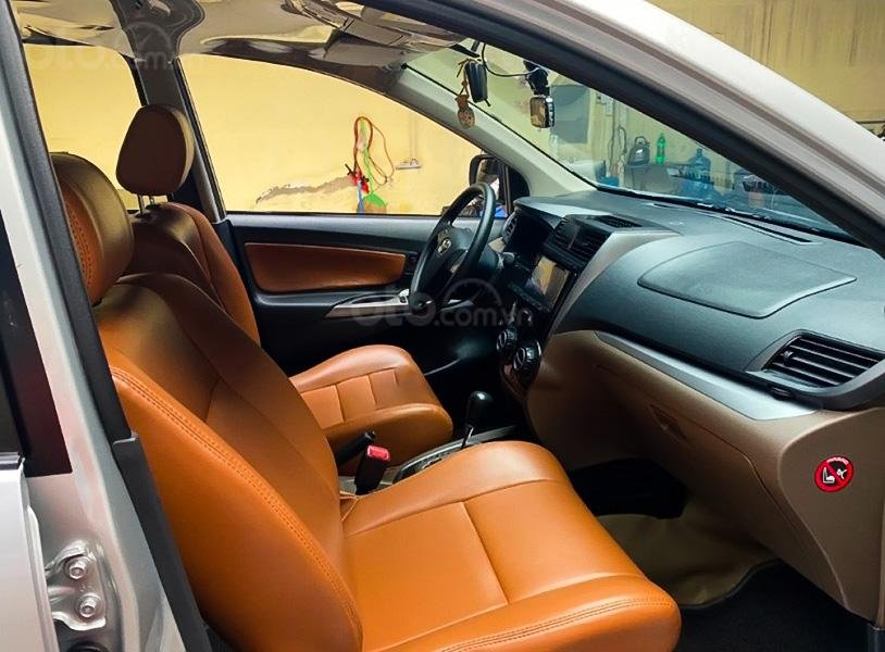 Bán xe Toyota Avanza 1.5 AT năm sản xuất 2018, màu bạc, nhập khẩu, giá thấp (3)
