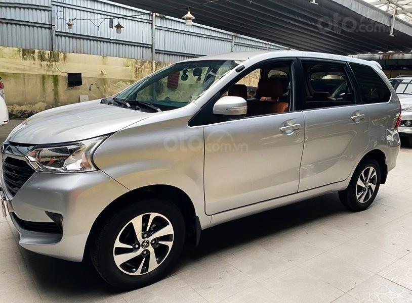 Bán xe Toyota Avanza 1.5 AT năm sản xuất 2018, màu bạc, nhập khẩu, giá thấp (1)
