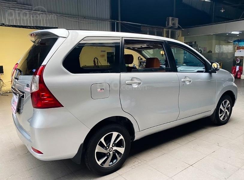 Bán xe Toyota Avanza 1.5 AT năm sản xuất 2018, màu bạc, nhập khẩu, giá thấp (2)