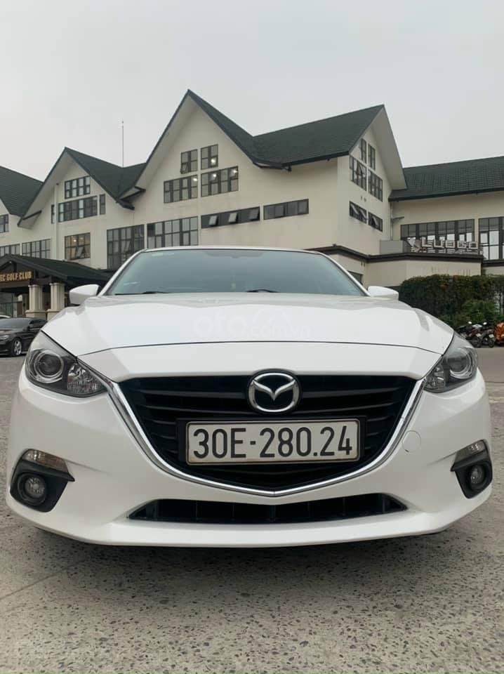Cần bán lại xe Mazda 3 năm 2017, màu trắng, nguyên zin hàng lướt chuẩn (1)