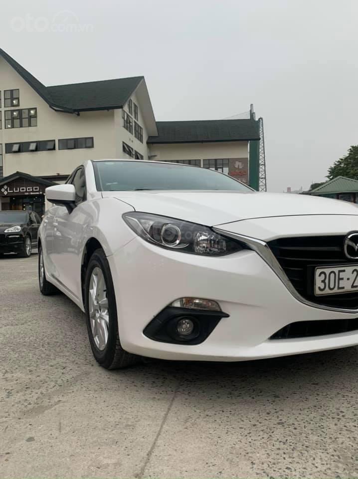 Cần bán lại xe Mazda 3 năm 2017, màu trắng, nguyên zin hàng lướt chuẩn (3)