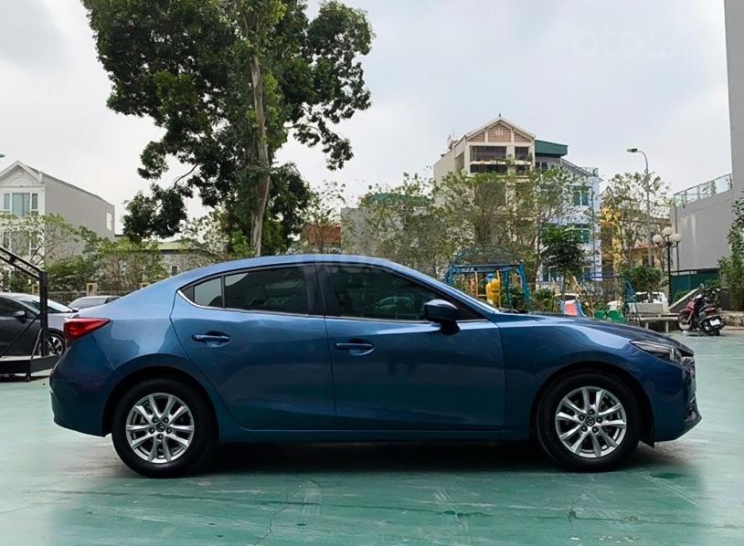 Bán Mazda 3 1.5 AT năm sản xuất 2017, màu xanh lam còn mới (1)