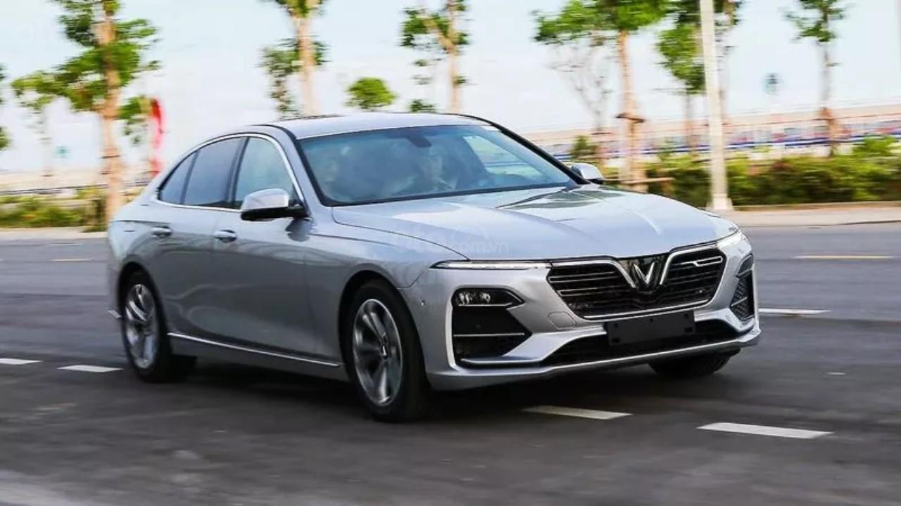 Bán xe VinFast LUX A2.0 sản xuất 2021 - hỗ trợ 100% thuế trước bạ - giao xe ngay (1)