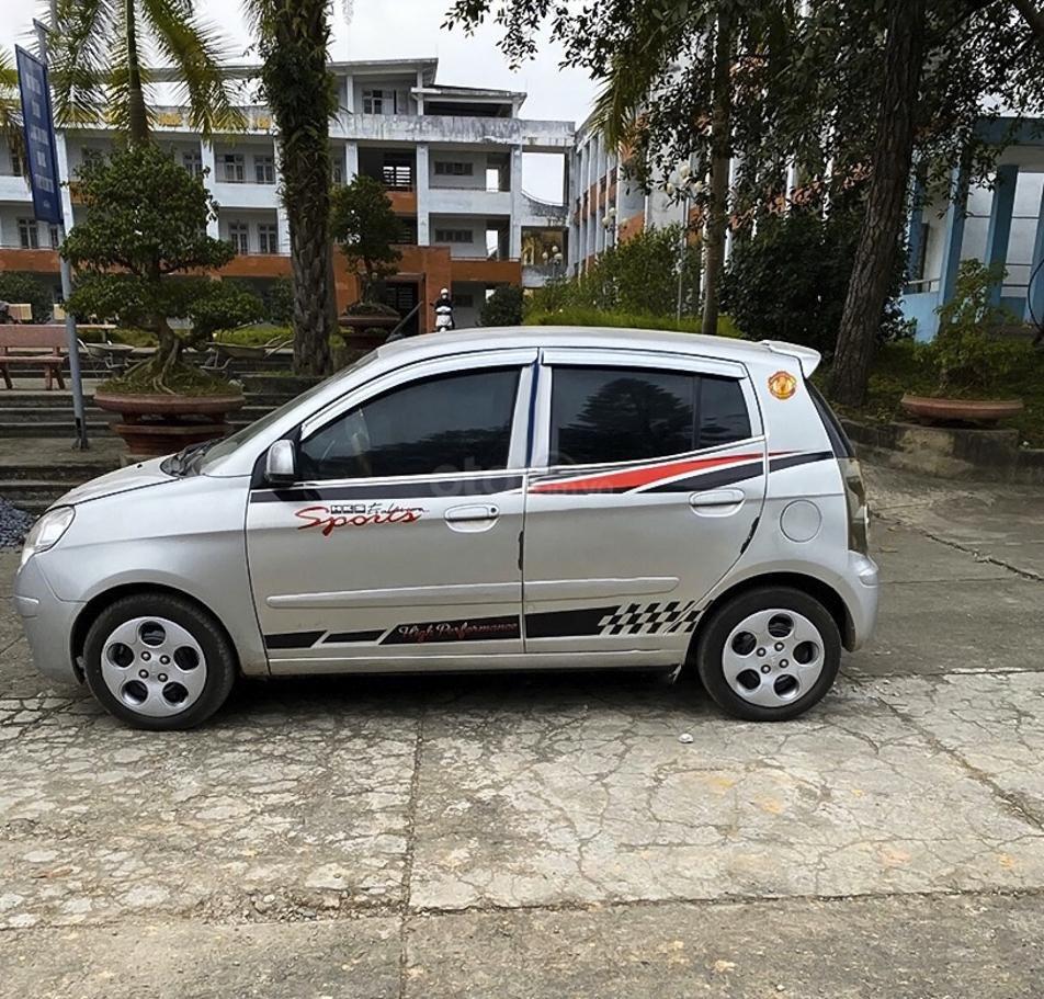 Cần bán lại xe Kia Morning năm 2011, màu bạc còn mới (1)